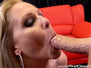 kinky cootchie pot milf Julia Ann blowing on a large meatpipe and getting a fat geyser to her bumpers