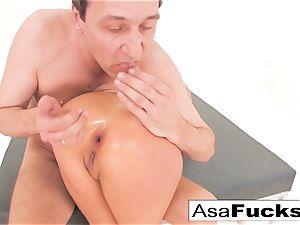 Asa Akira has a torrid anal invasion threeway