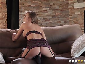 Britney Amber bouncing on top