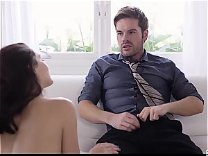 uber-sexy Lana gives into some afternoon lust with her lover