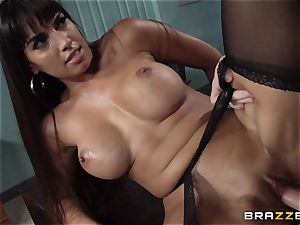Mercedes Carrera porks her daughters beau at work