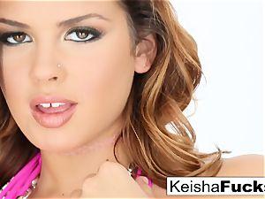sizzling superstar Keisha gets her raw vagina torn up
