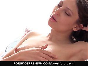 QUEST FOR ejaculation Talia Mint in sensual onanism