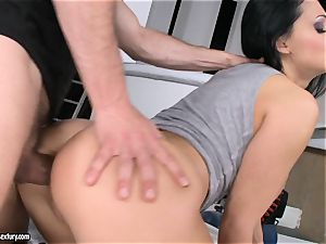Aletta Ocean got her cunt hammered by a crazy carpenter