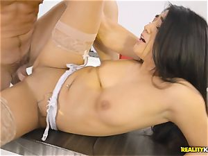 Facializing the hot multi servicing maid Lexy Bandera after super-fucking-hot rigid smash