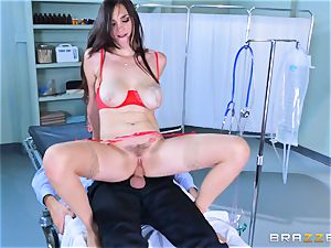Holly Michaels getting warm and perspiring with Kerian Lee
