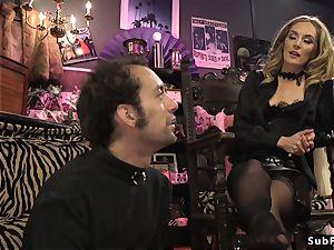 Dom slut smacks and anal invasion penetrates masculine