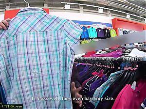MallCuties adorable Mirka fucked for a shirt