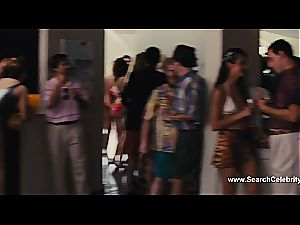 Margot Robbie nude in The grizzly of Wall Street