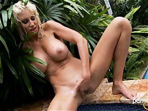 Puma Swede beauty girl frolicking her vag in the pool