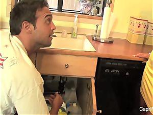 killer Capri Cavanni pounds the plumber