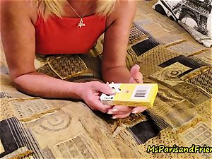 Ms Paris and Her unexperienced Theater Card Tricks