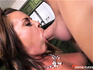 nasty honey Rahyndee gets her way and is poked deep in her vulva pie