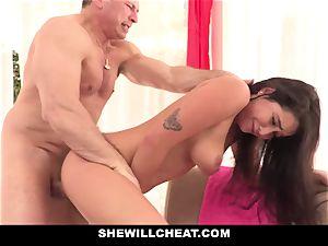 SheWillCheat cuckold gf Karlee Grey pulverizes Trainer