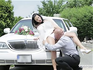 filthy bride takes her chauffeur's wood before her wedding