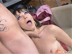 Dana DeArmond gets her fantastic cock-squeezing fuckbox slurped and played with