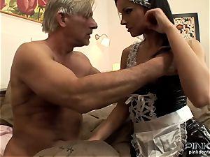 brunette biotch gets plumbed stiff by an old boy