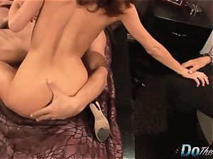 wifey busts with another stud