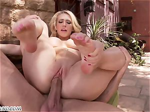 lustful buxomy towheaded Kagney Linn Karter gets torn up outdoor
