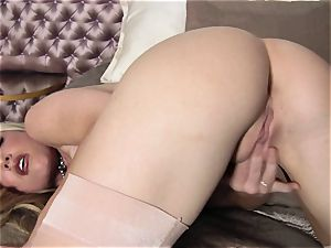 jaw-dropping whore Kayden Kross gives her cunny a nice torrid rub making her bellow