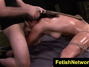 FetishNetwork Valentina basement fucky-fucky slut