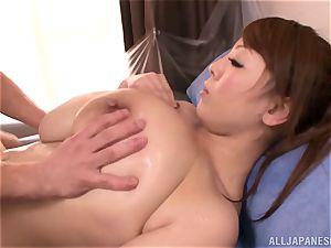 Hitomi Tanaka oiled up
