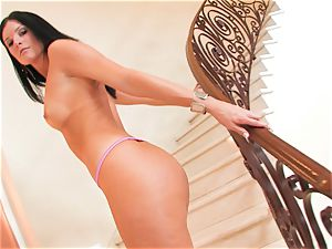 India Summers gets too naughty and gets a marvelous visitor