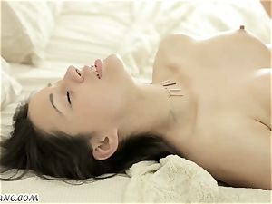 charming Russian girl has an outstanding orgy early in the morning