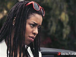 Outdoor multiracial vag enjoy with Kira Noir and Jessa Rhodes